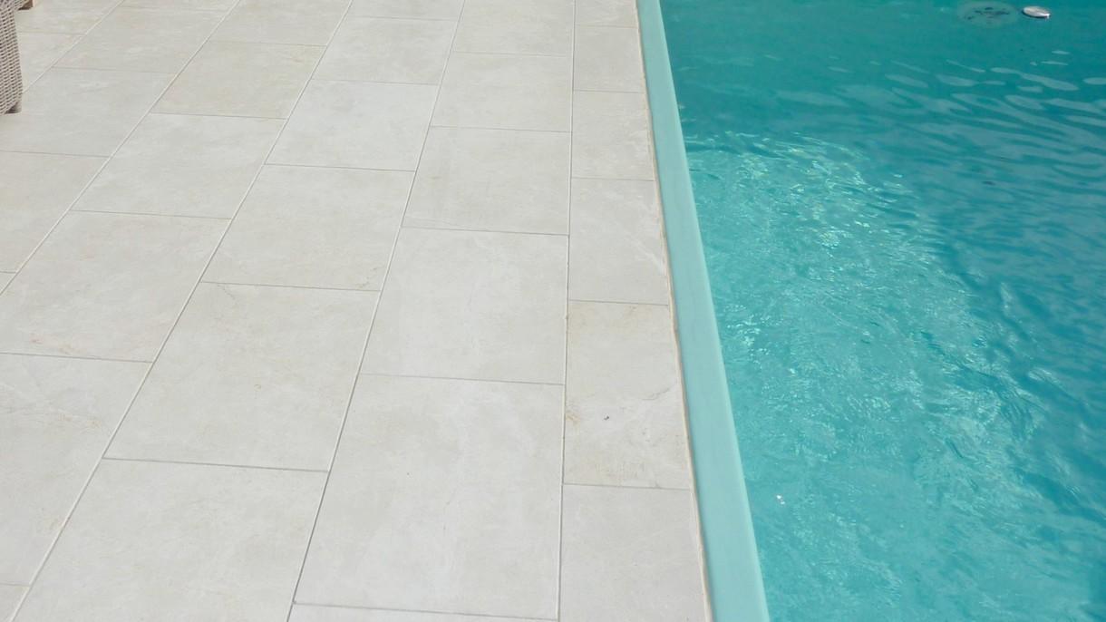 CREMA BRILLANTE, Bodenplatten, gebürstet, 61 x 40,6 x 3 cm