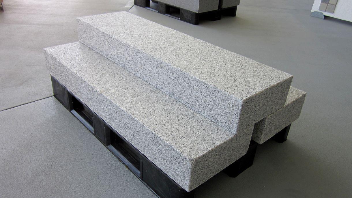 G603 BIANCO CRISTAL CN, Blockstufen, geflammt, 125 x 35 x 15 cm