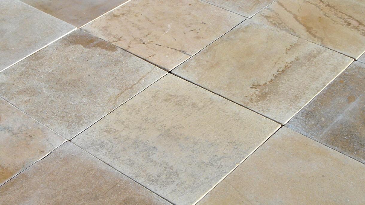 IVORY CLASSIC ANTIQUE, Bodenplatten, geschliffen und getrommelt, 60 x 60 x 2 cm