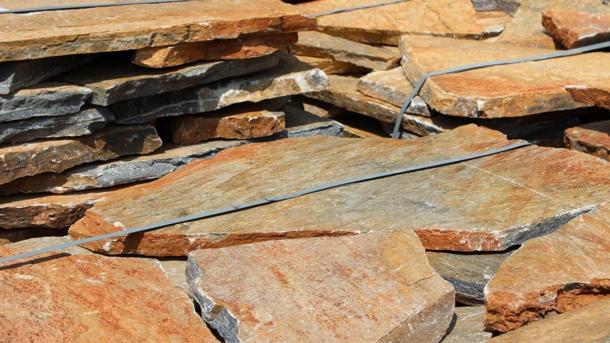 KARYSTOS BROWN, Polygonalplatten, gespalten, Normalformat stark x 3-5 cm