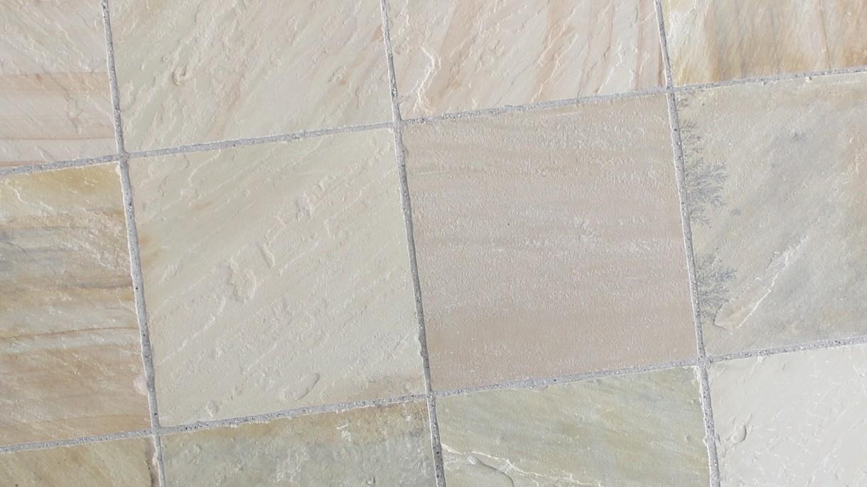 MINT INDISCHER SANDSTEIN, Bodenplatten, gespalten und handbekantet, 60 x 60 x ~3 cm kalibriert