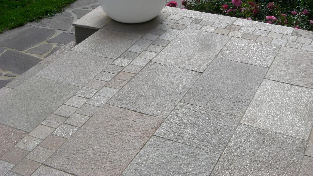 SA-NL-QUARZIT, Bodenplatten, gespalten mit gesägten Kanten, 35 x freie Längen x 1,5-3 cm