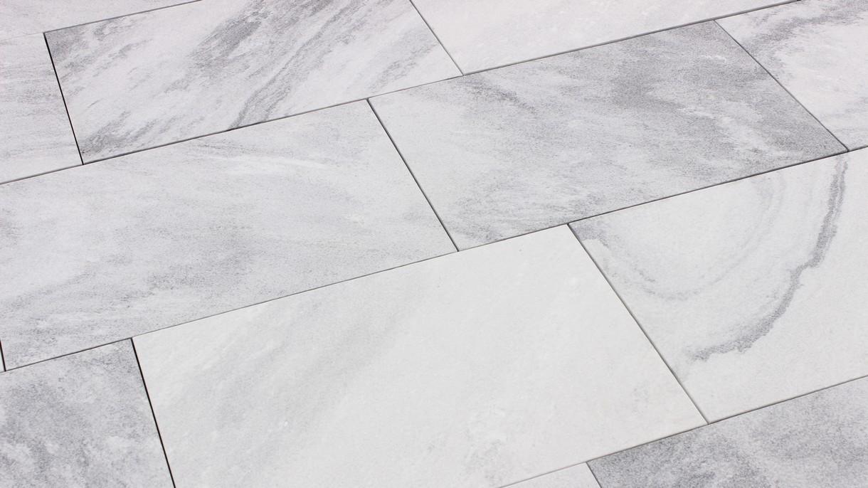 SKY MARBLE, Bodenplatten, gestockt und gebürstet, 61 x 40,6 x 3 cm
