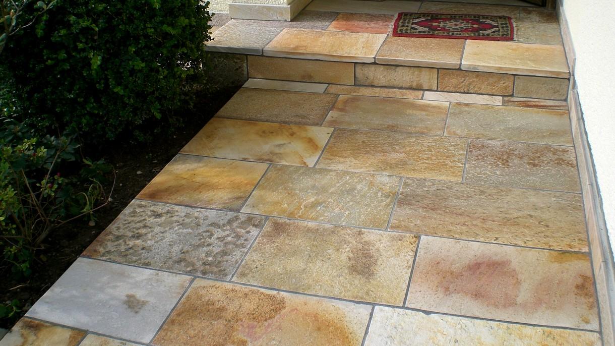 SOLEADO YELLOW GOLD, Bodenplatten, gespalten mit gesägten Kanten, 35 x freie Längen x 3-3,5 cm