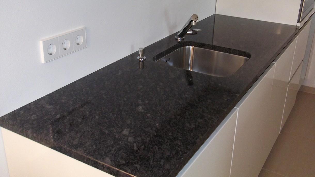 STEEL GREY, Küchenarbeitsplatten, poliert