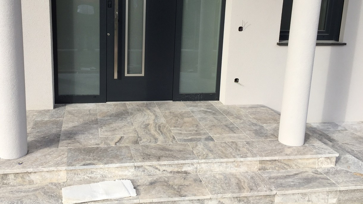 TRAVERTIN PURE SILVER, Bodenplatten, getrommelt, 61 x 40,6 x 3 cm