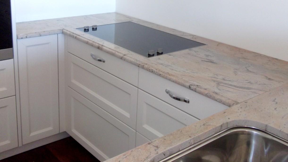 PRADA GOLD, Küchenarbeitsplatten, poliert